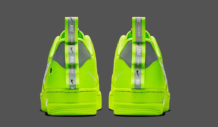 nike-air-force-1-utility-volt-AJ7747-700-heels