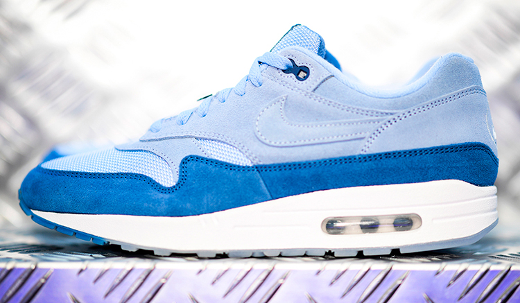 nike-air-max-1-have-a-nike-day-pack