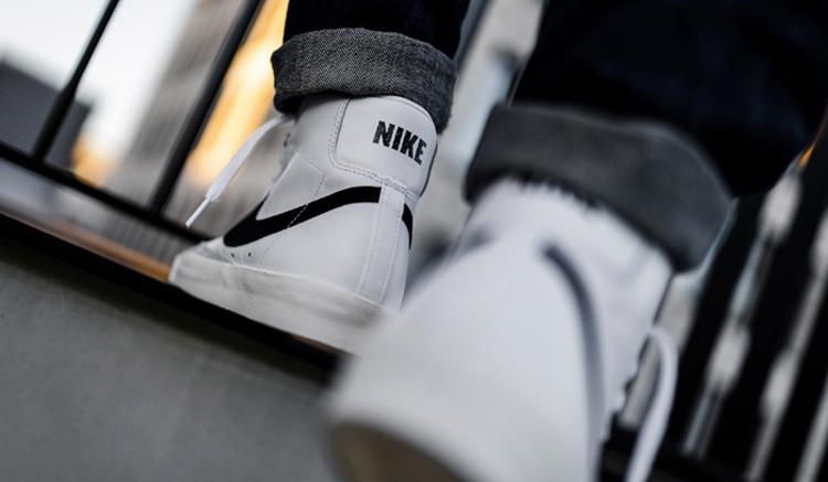 Nike Blazer Mid 77 Bq6806-100