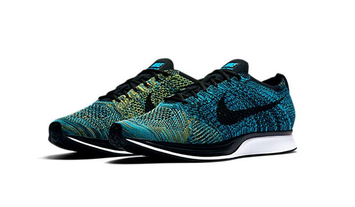 Pilla tus nuevas Nike Flyknit Racer crew-blue