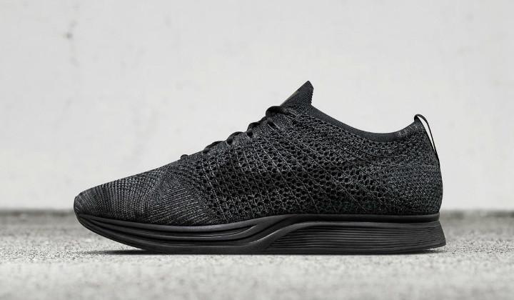 Nike Flyknit Racer «Triple Black»