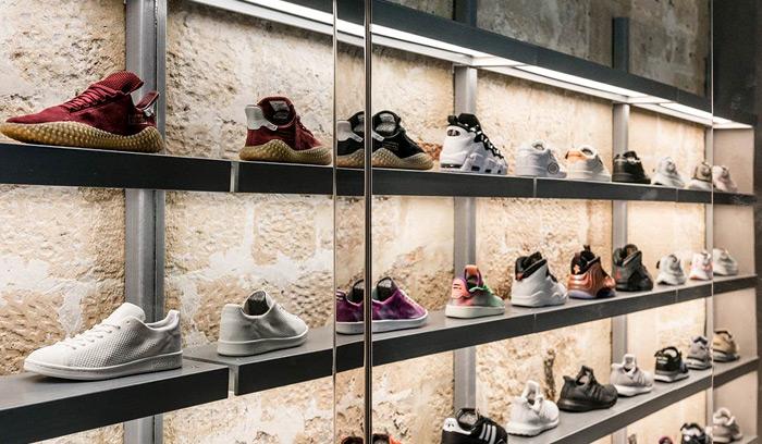 nueva-tienda-de-Foot-Patrol-en-Paris-display-a