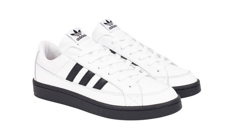 palace-x-adidas-campton-blanca