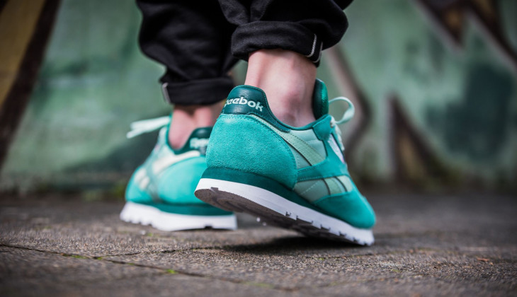 reebok-x-montana-cans-classic-leather-turquoise-white-cm9611-mood-3