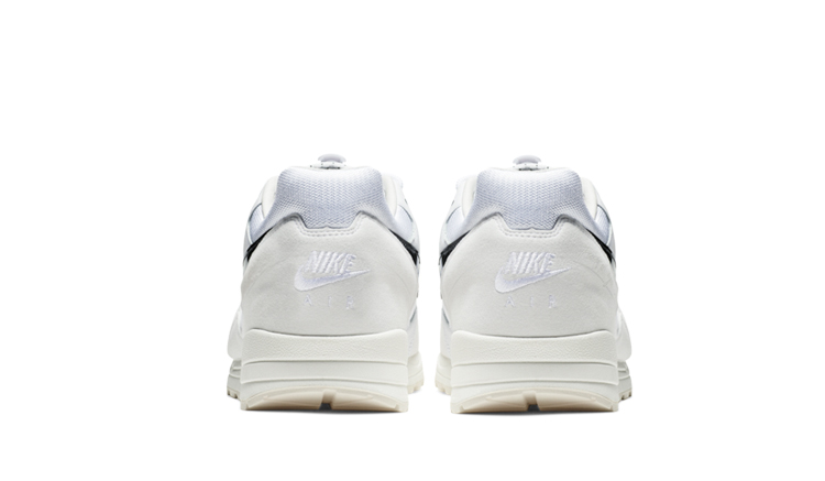 salida-fear-of-god-nike-air-skylon-2-white-bq2752-100