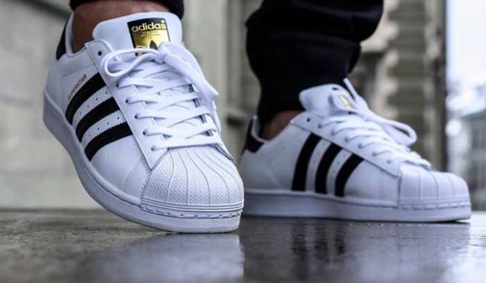 10 sneakers que nos pillábamos con el código descuento de adidas