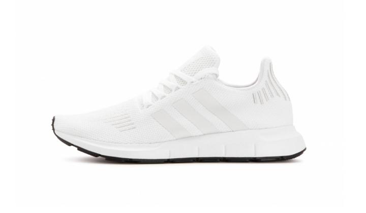 sneakers-codigo-descuento-de-adidas-swift-run-CG4112
