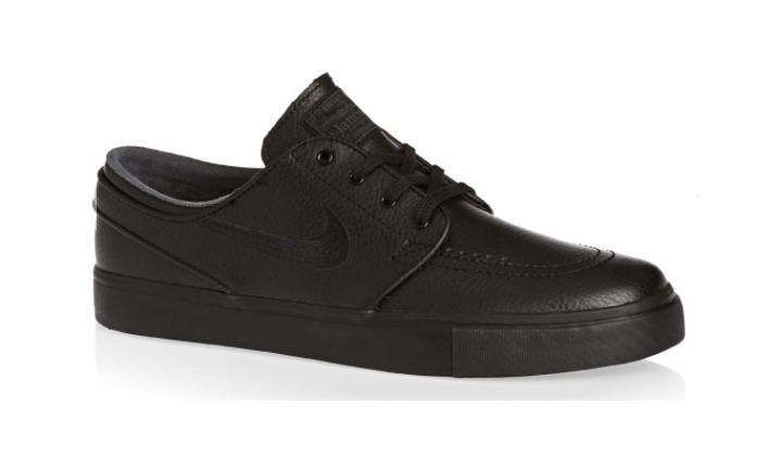 sneakers-con-descuento-nike-sb-janoski-triple-black