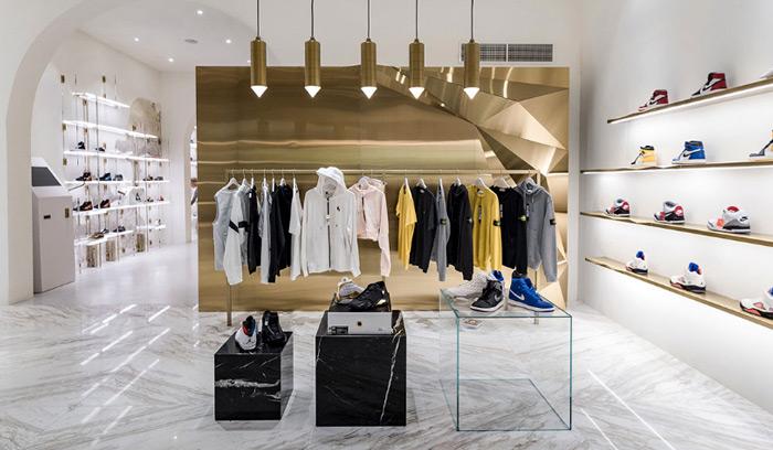 tienda-foot-district-barcelona-sneakers-jordan