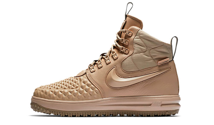 top-sneakers-con-descuento-cyber-monday-nike-air-force-duckboot