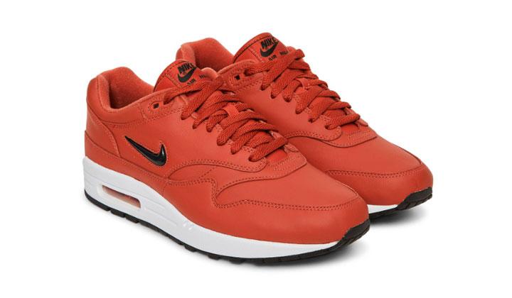 top-sneakers-con-descuento-cyber-monday-nike-air-max-premium-jewel