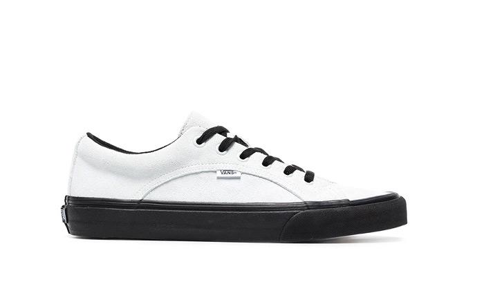 vans-lampin-white-black-sole