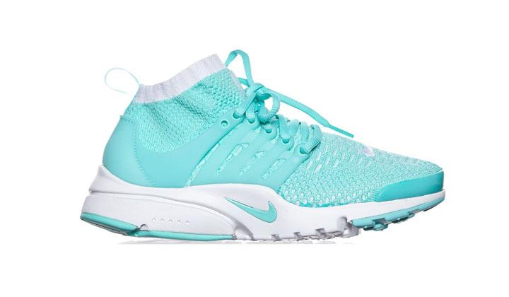 wmns-air-presto-ultra-flyknit-sneakers_d
