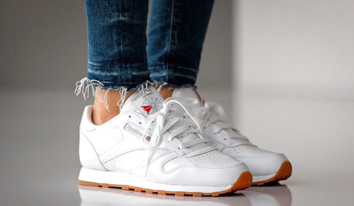 10 zapatillas blancas imprescindibles para esta temporada